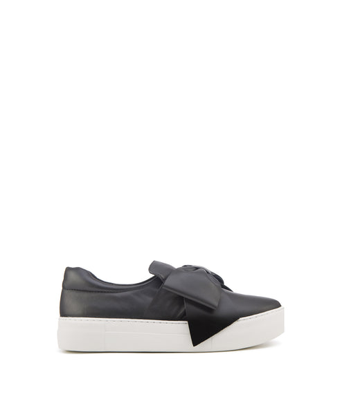 Beauty Oversized Bow slip on sneaker