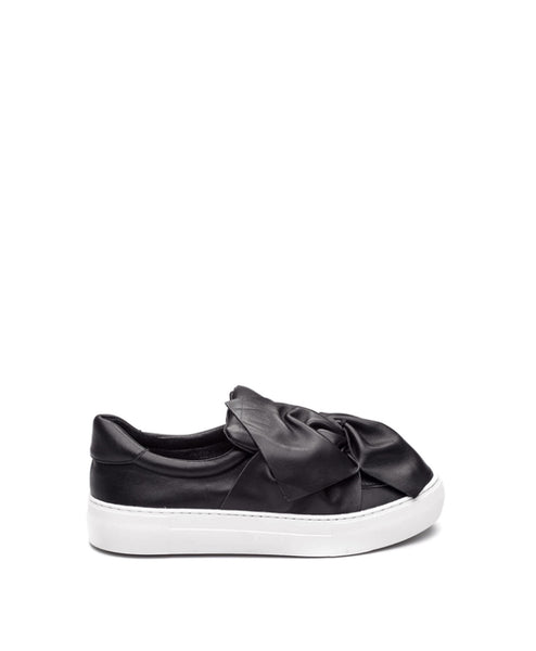 Annabelle crushed bow sneaker