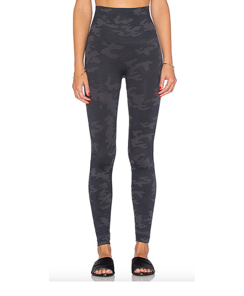 Legging-CamoBlack Seamless Black Camo Legging