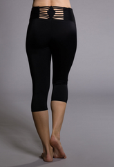 Sun Ray Capri Detailed Back Legging - Koko & Palenki - 1