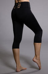 Sun Ray Capri Detailed Back Legging - Koko & Palenki - 3
