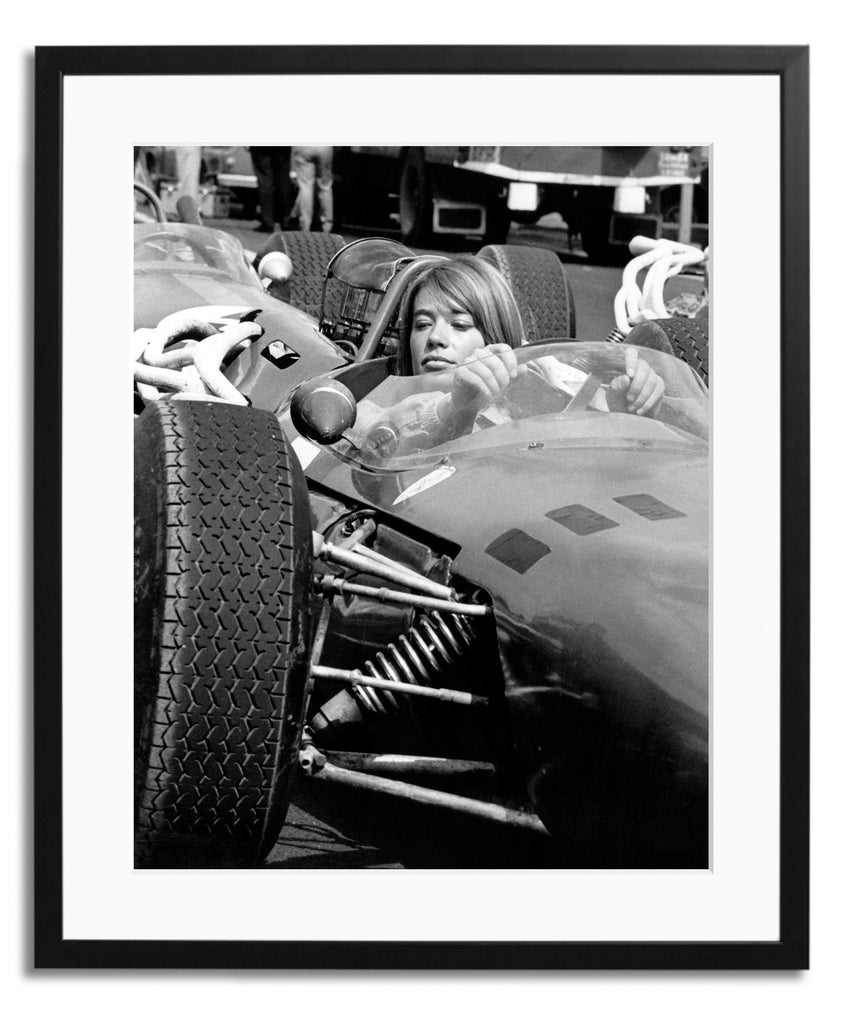 Hardy Grand Prix, Framed photograph