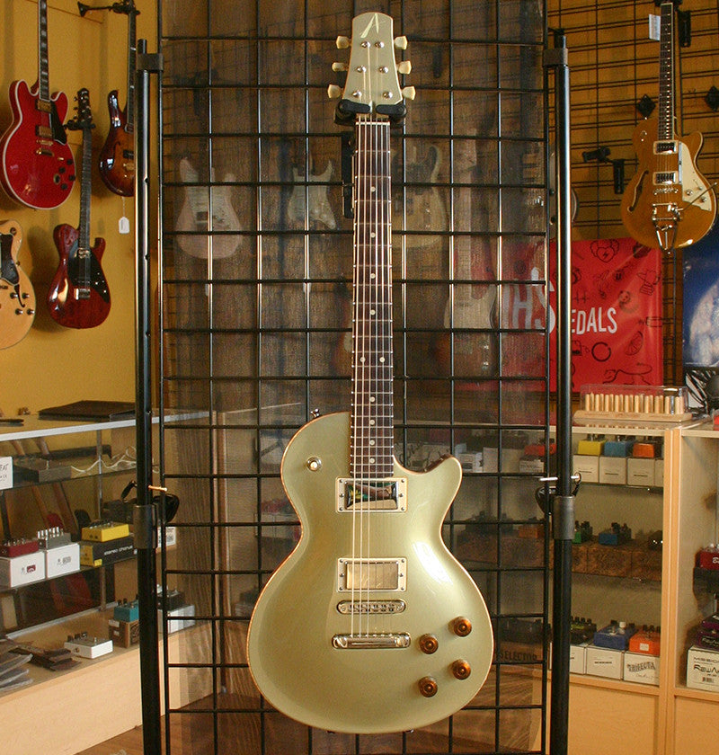 Tom Anderson Bulldog Goldtop