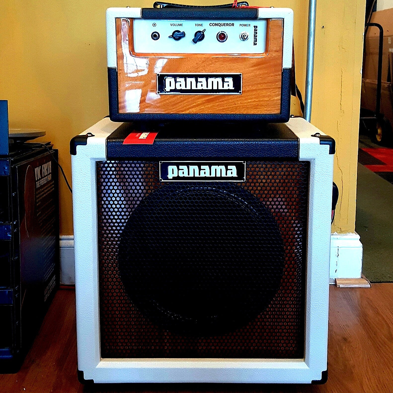 Panama Conqueror 5W Head and 1 x 12 Cabinet