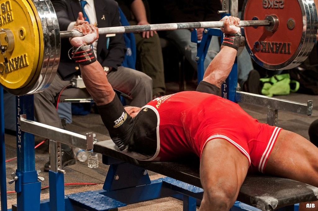 Paused bench press for non-stop gains