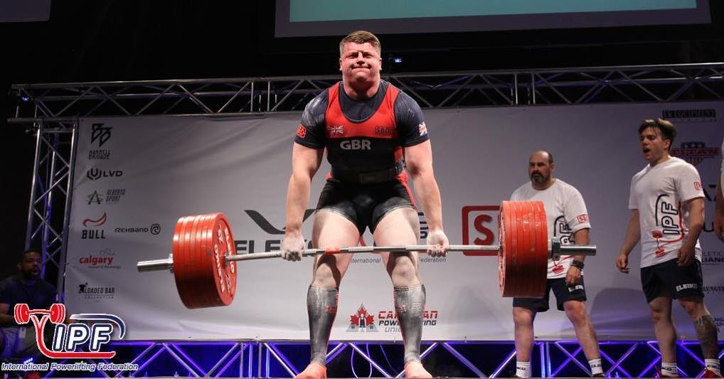[VIDEOS] British Luke Richardson becomes the youngest man EVER to lift over 1000kg