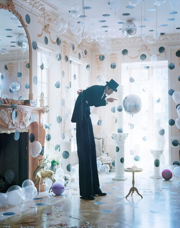 Tim Walker Photography - Monday Mood - On The Dot