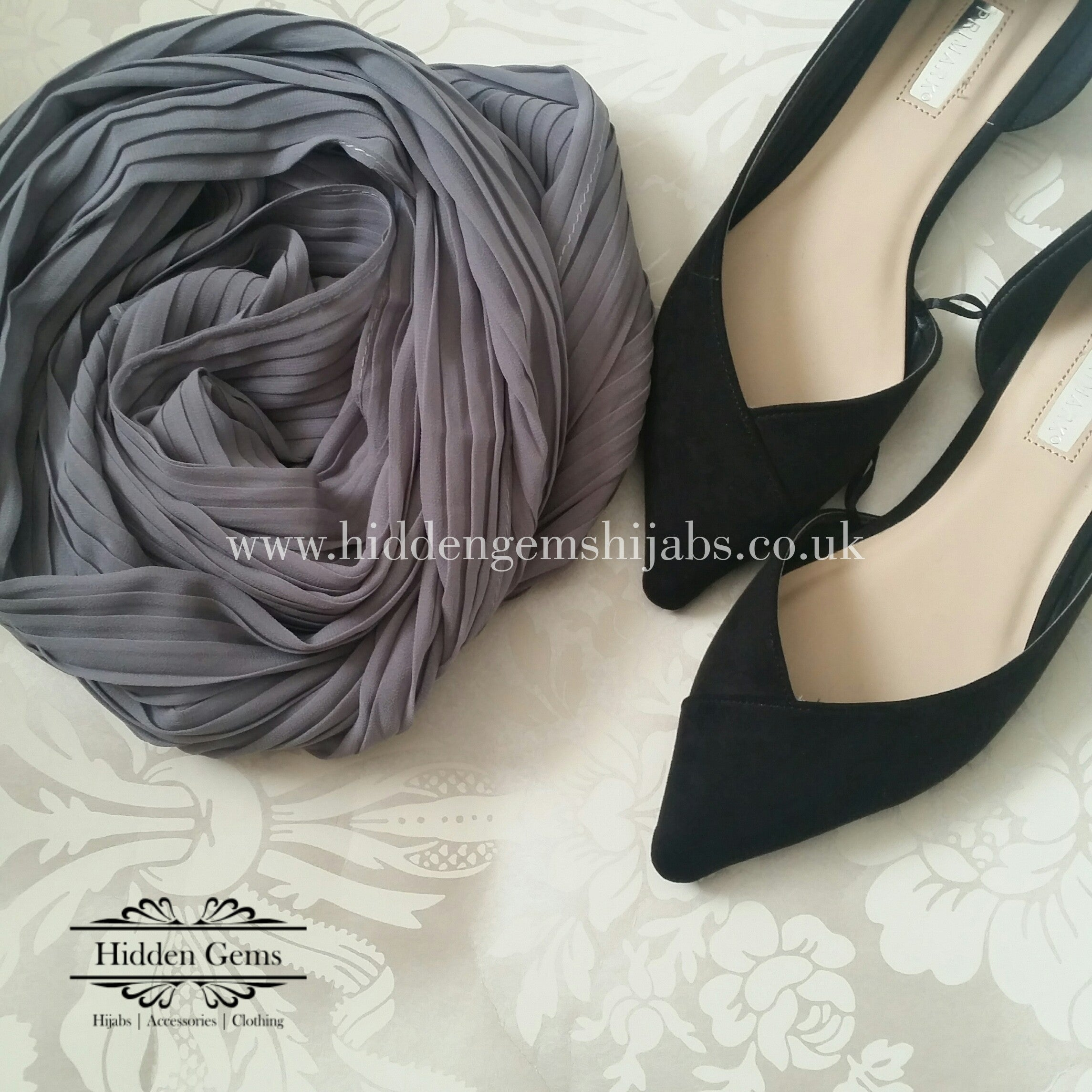 Grey Pleated Georgette Hijab