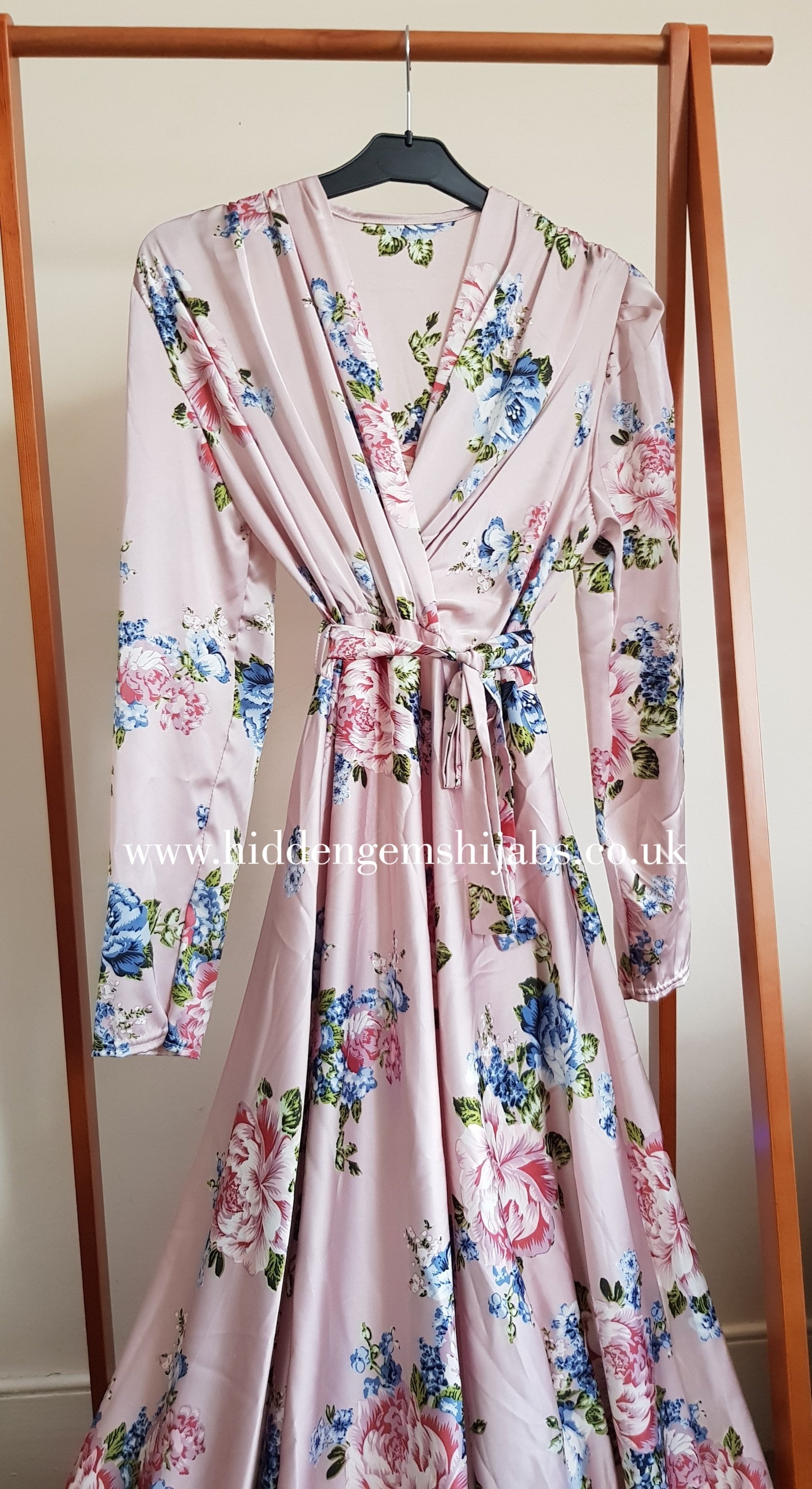 Dusty Rose Floral print Satin V neck maxi dress
