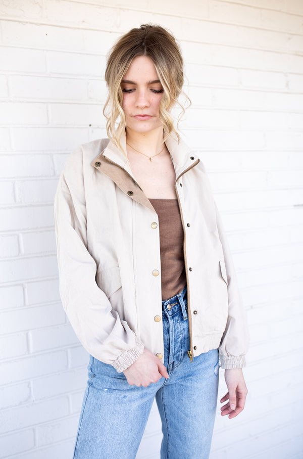 Windy Break Jacket - Khaki