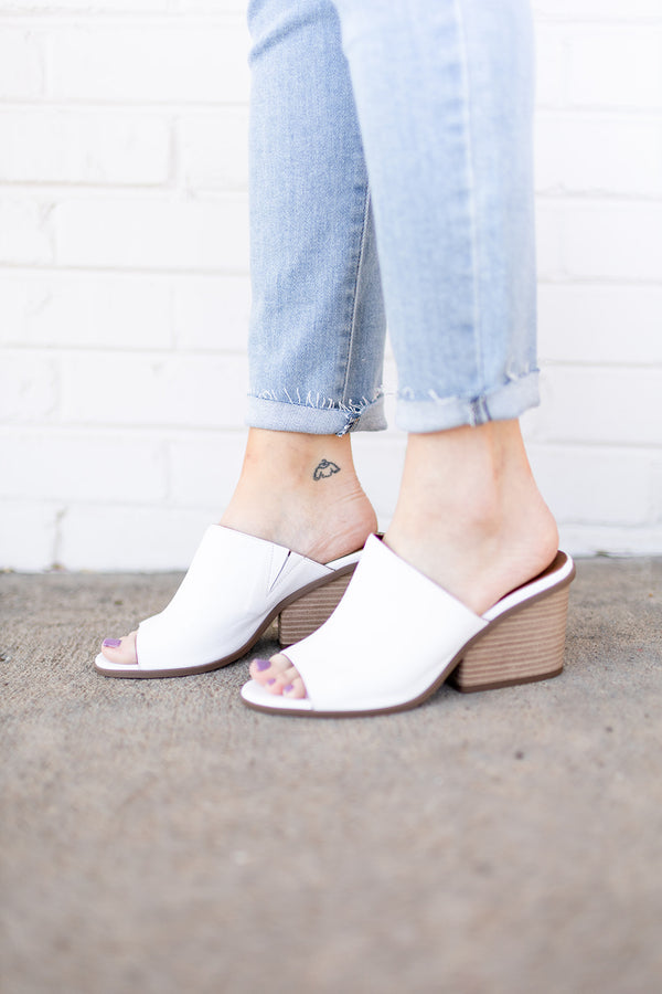 Bueno Hanna Heel - White Leather