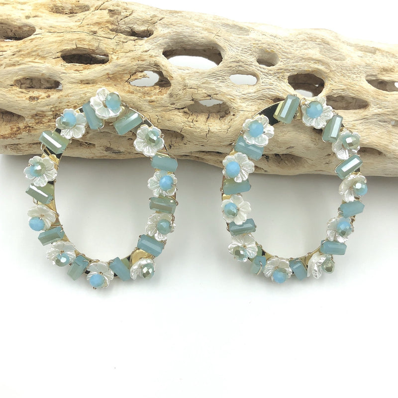 Treasure Jewels Oval Floral Blue