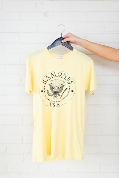 DayDreamer Usa Crest Weekend Tee