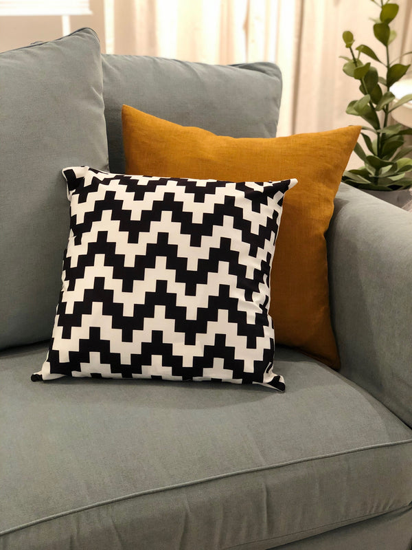 Jagged Edge Velvet Pillow - SONSON®