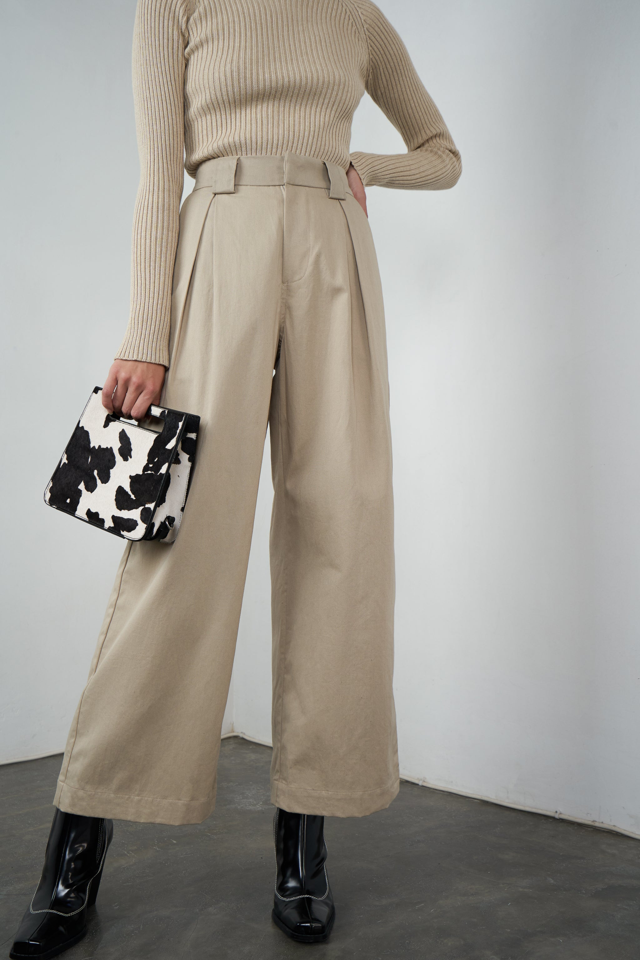 Stockholm Wide Leg Pants in Sand
