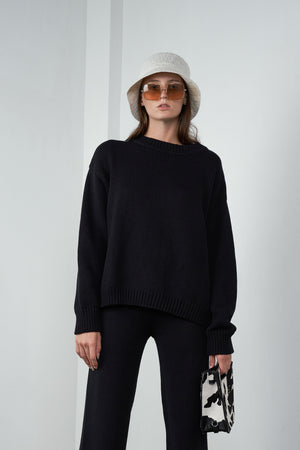 Oversized Pullover in Licorice