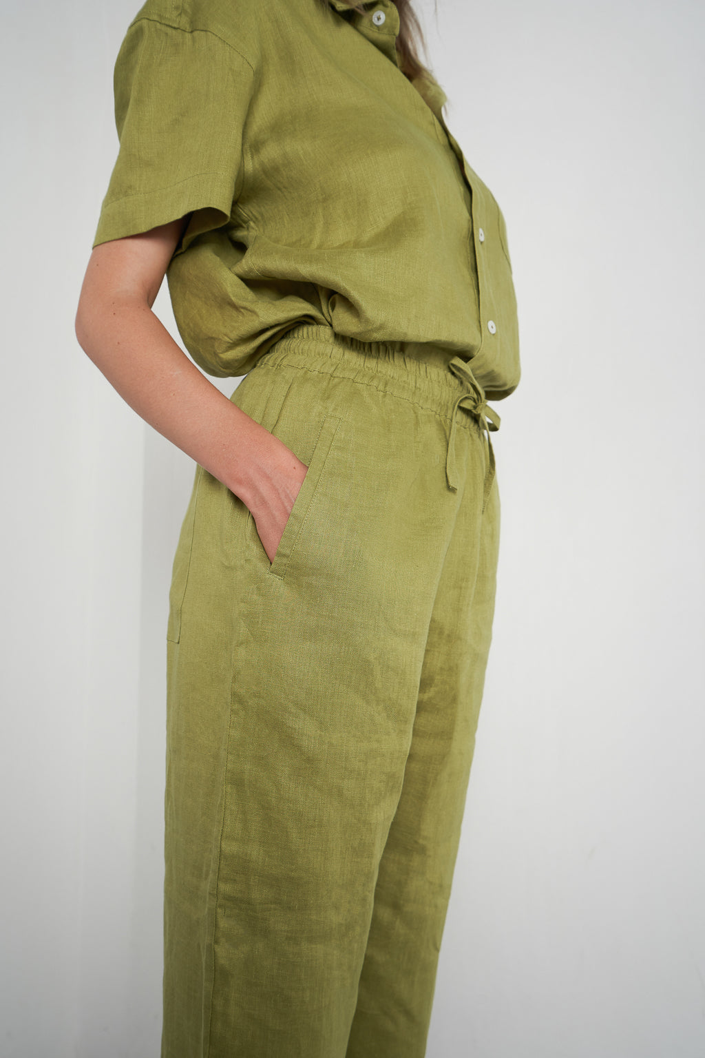 Linen Lounge Pant in Apple