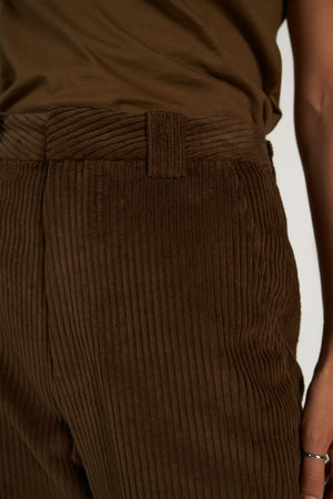 Corduroy Mum Pant in Choccy