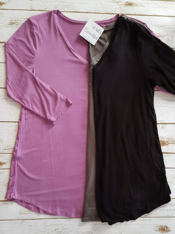 Basic 3/4 Sleeve V-Neck