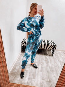 Simone Lounge Top - Tie Dye Electric Blue-Fornia Fashion-DOORBUSTER, NOV2020, November 2020, November2020-The Twisted Chandelier