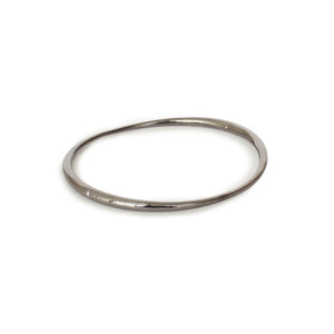 sterling silver plated in black rhodium arpent bangle