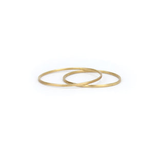 14k yellow gold / 5 simple dainty ring, carla caruso