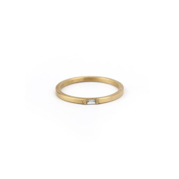 horizontal baguette diamond ring