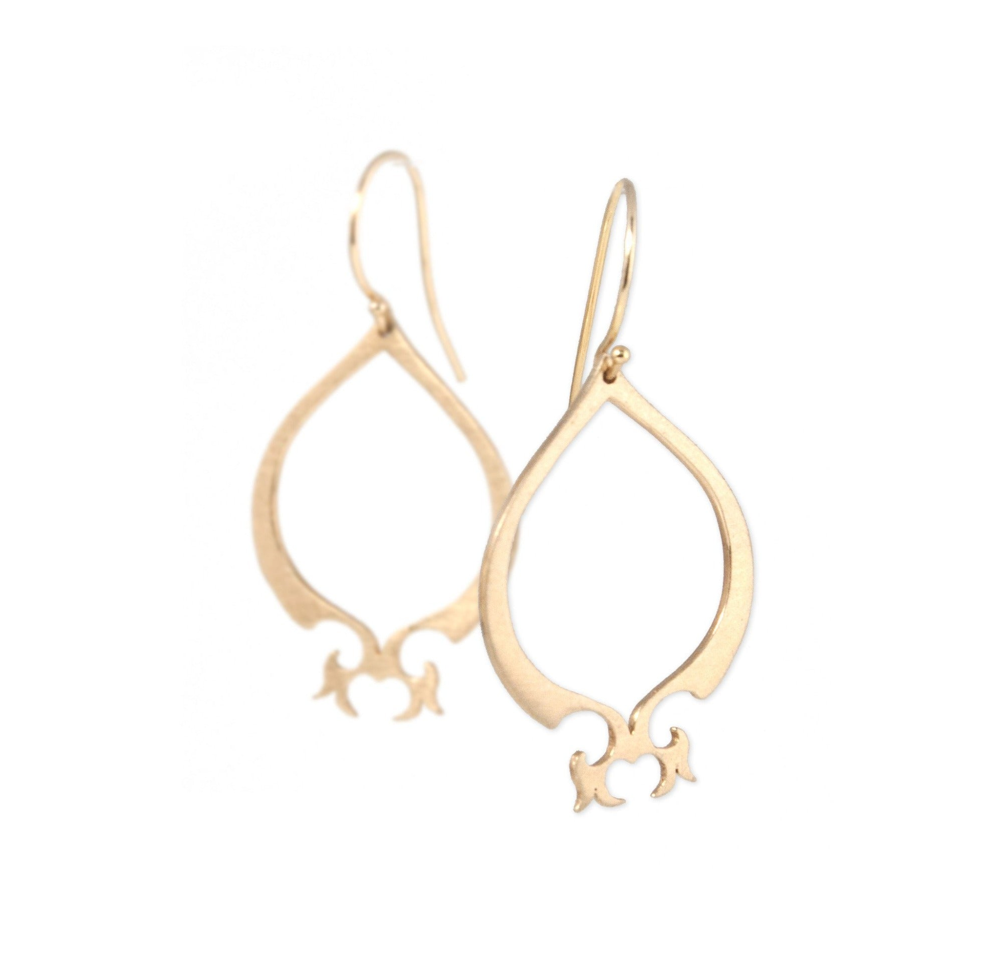 14k yellow gold arabesque teardrop earrings