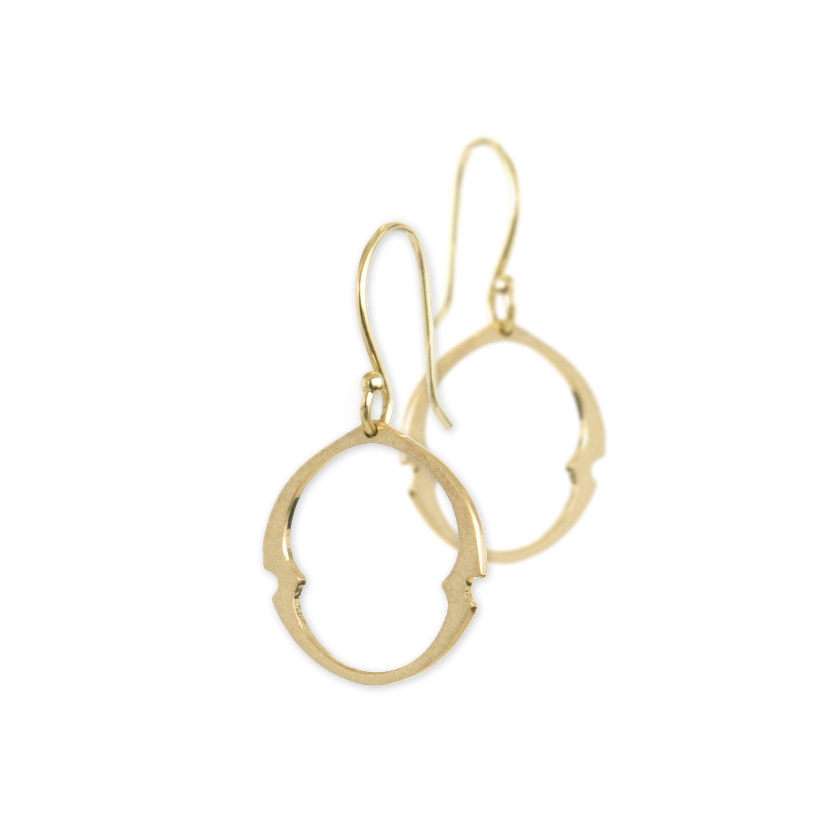 small / 14k yellow gold arabesque oculus earrings