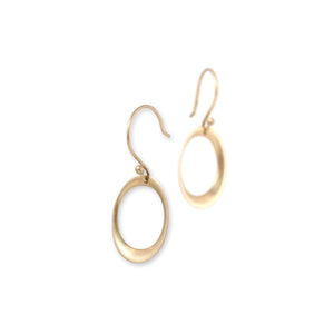 small rounded oculus earrings