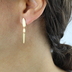 totem link earrings