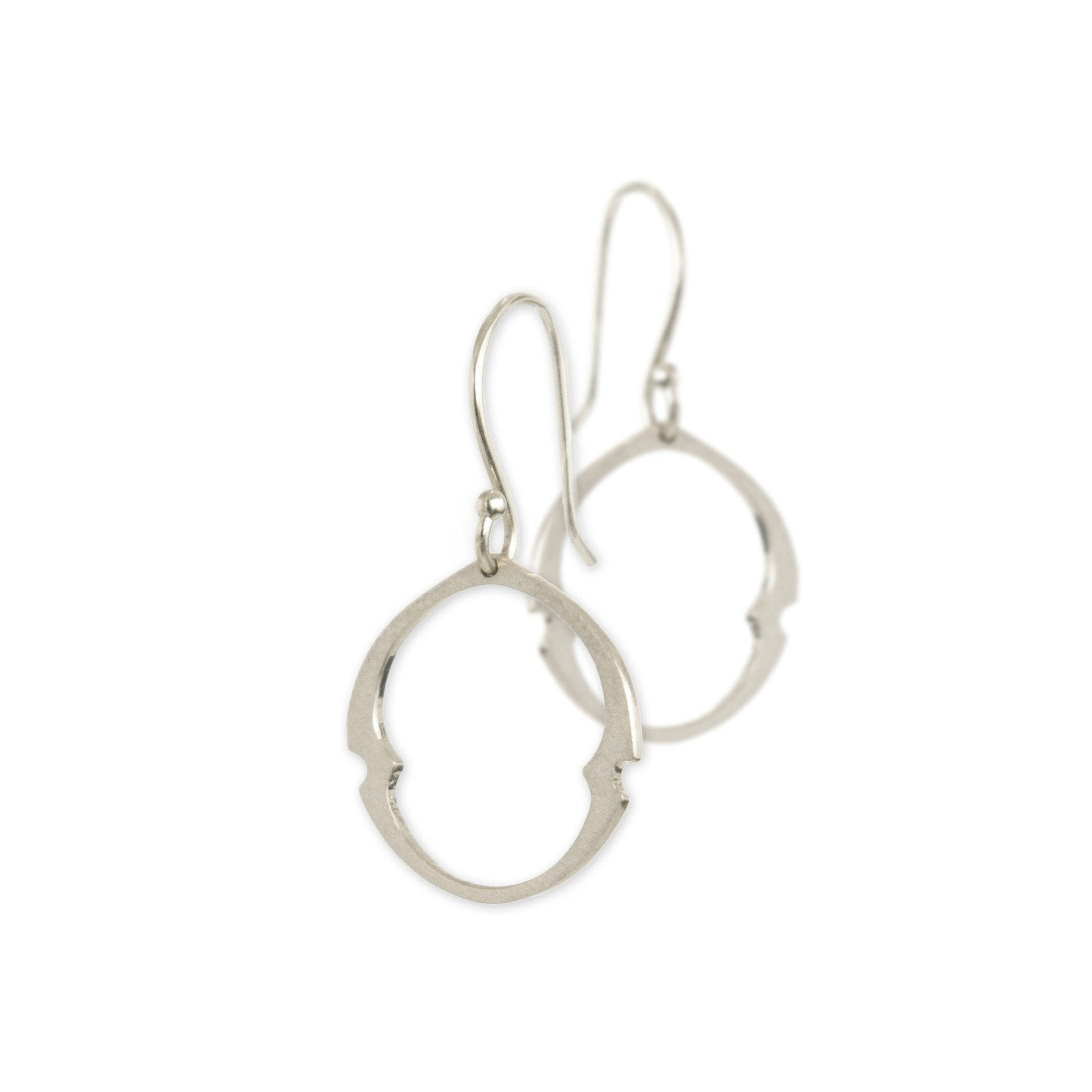 small / sterling silver arabesque oculus earrings