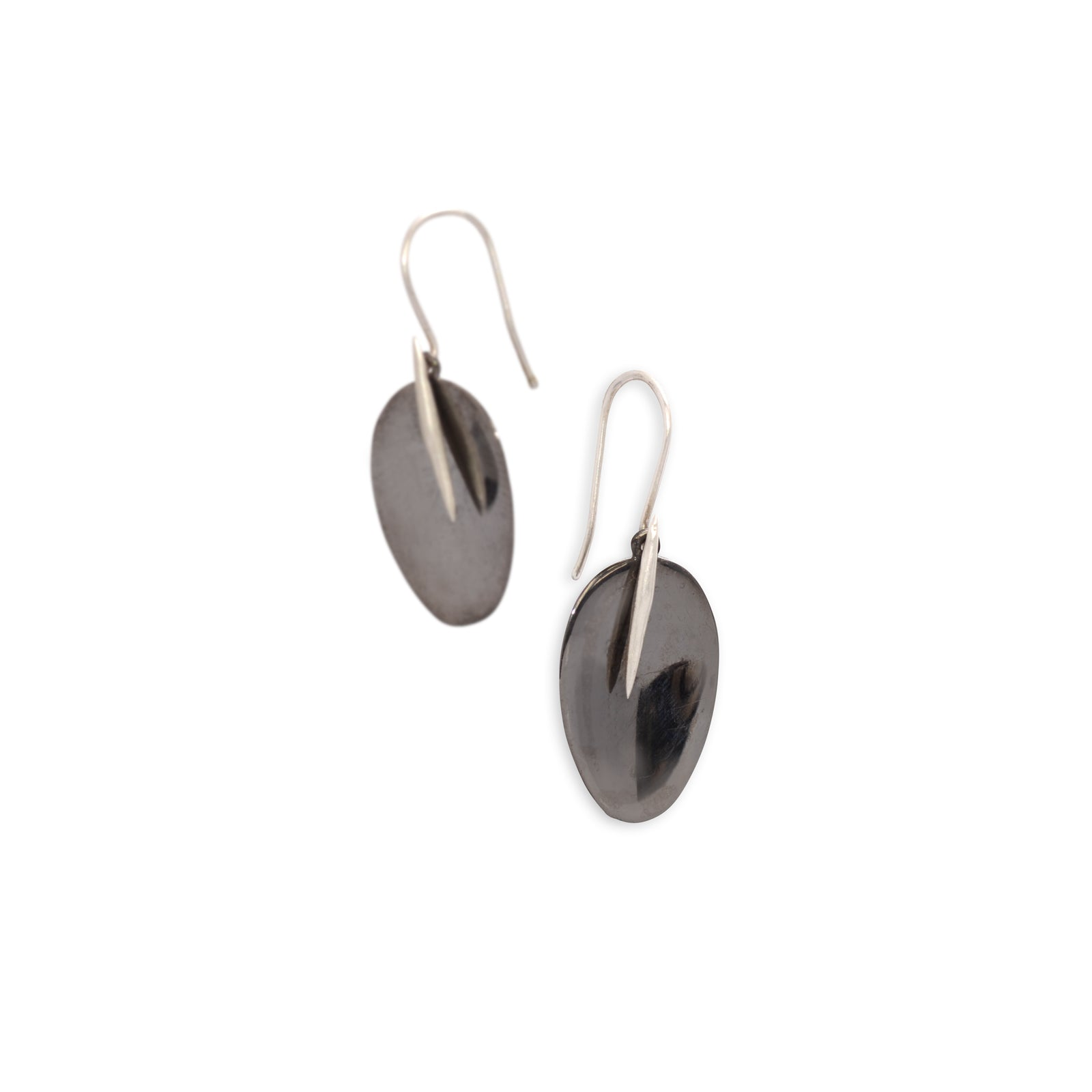 black rhodium with sterling silver point / small petal and point earrings
