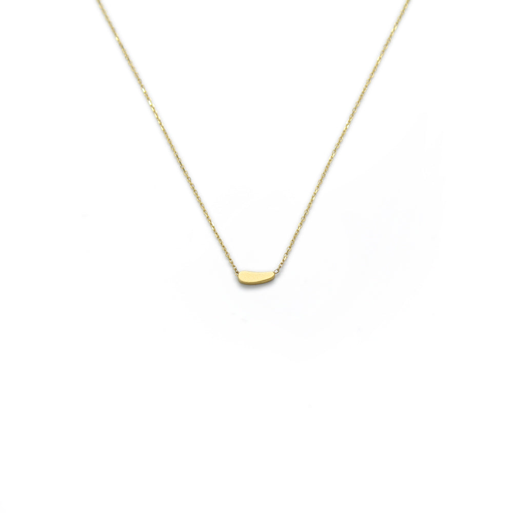 18k yellow gold / grain tiny totem necklace
