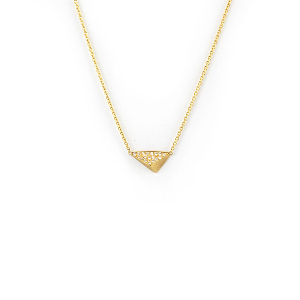 18k yellow gold with white diamonds torque pavé necklace