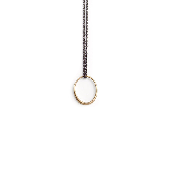 "small ""o"" necklace"