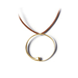 14k yellow gold / O lettres pendant