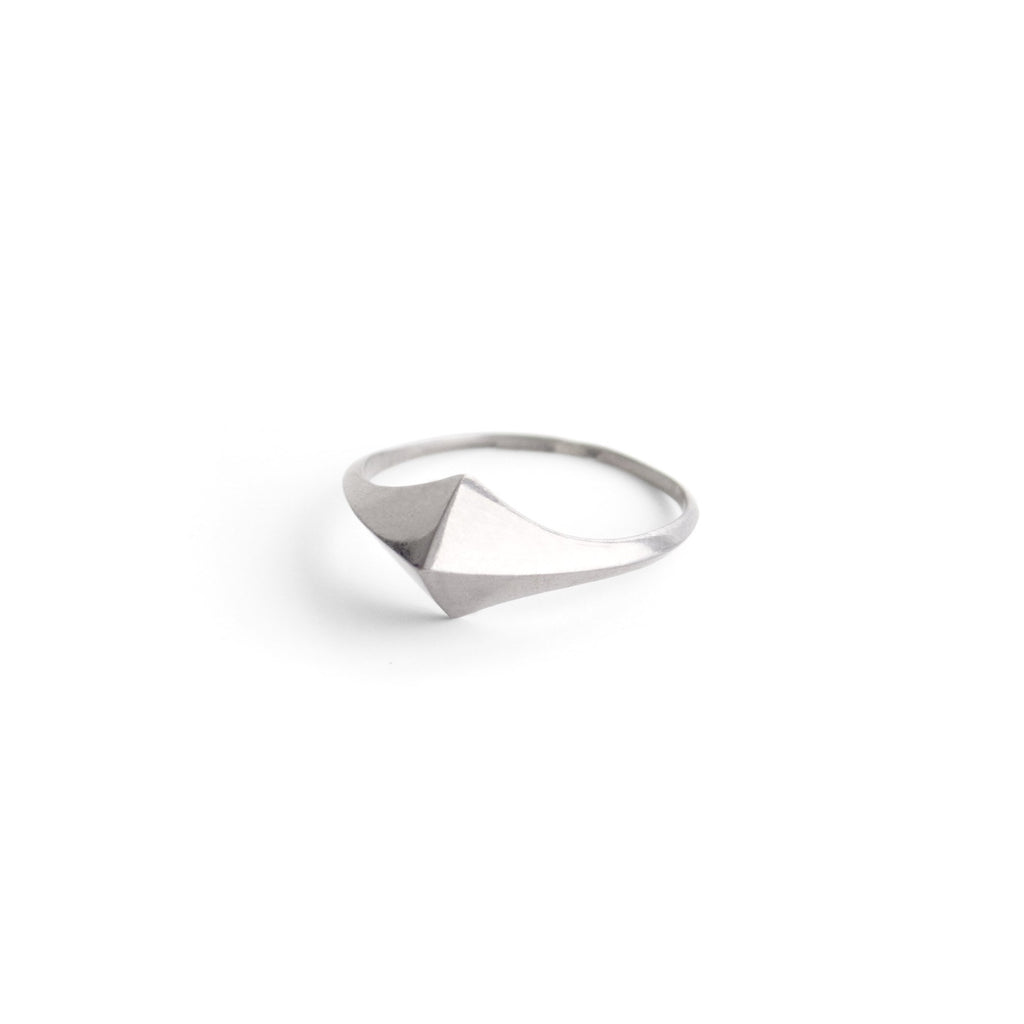 small lis ring
