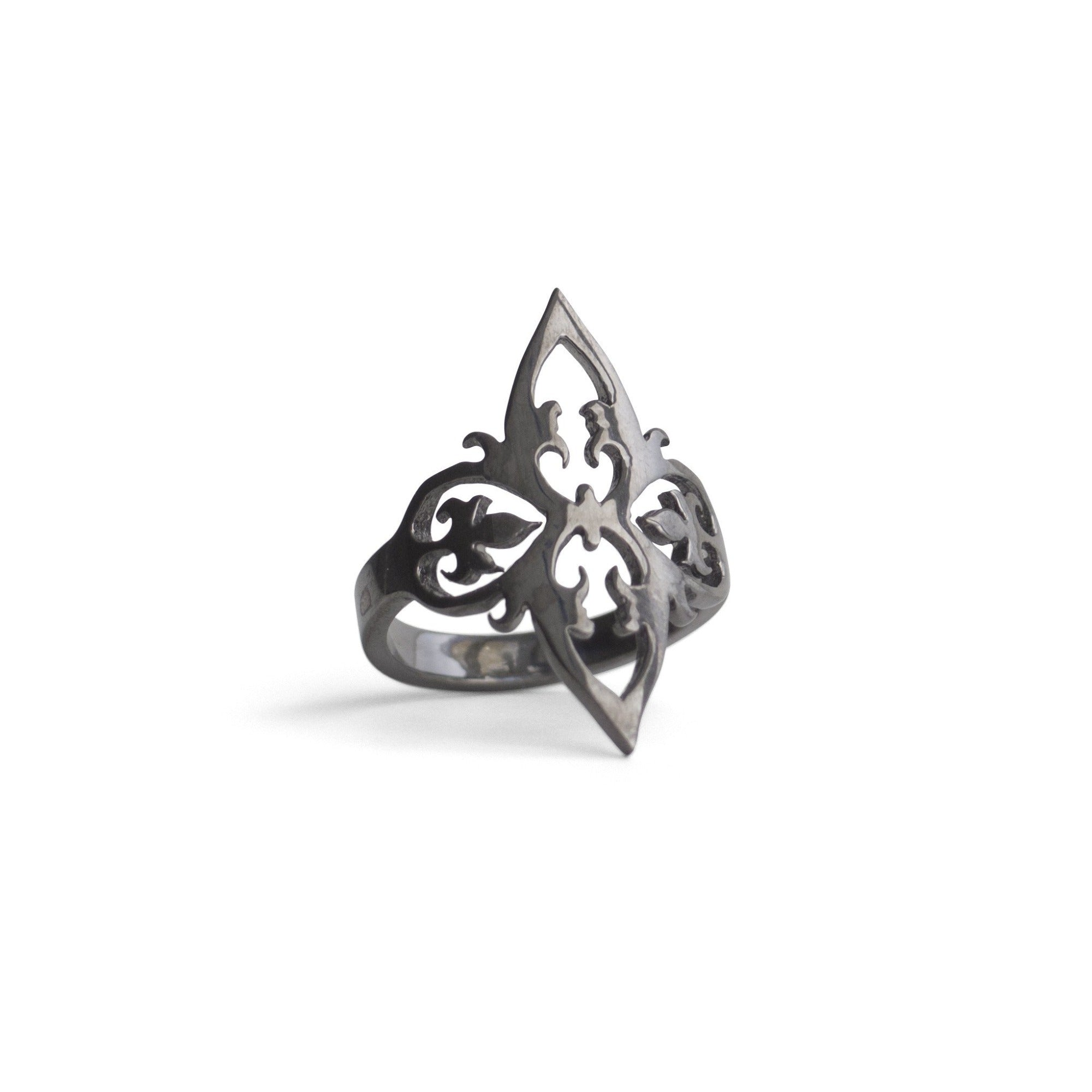 sterling silver plated in black rhodium / 5 arabesque cocktail ring