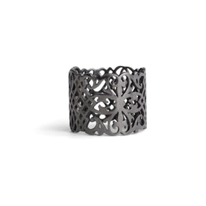 sterling silver plated in black rhodium / 5 arabesque cigar band