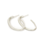 oval arpent hoops