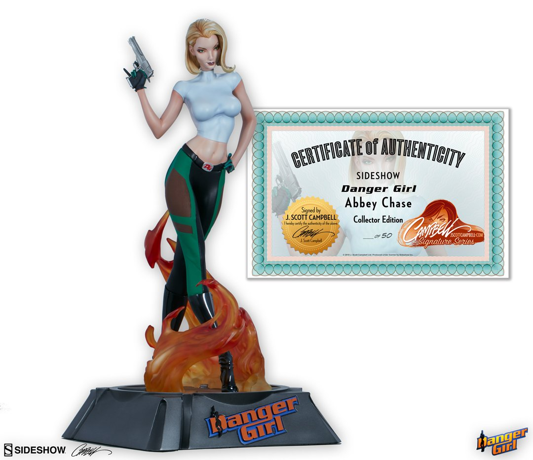 Danger Girl® Abbey Chase statues - SIGNED