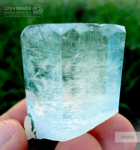 Sky Blue aquamarine 257 CT - jewellery stone