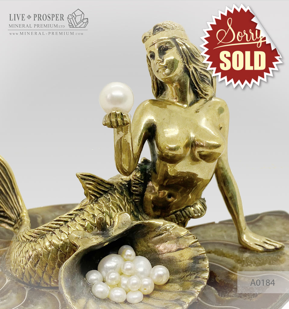 Bronze Mermaid Figure with River and Sea Pearls on Ammonite A0184