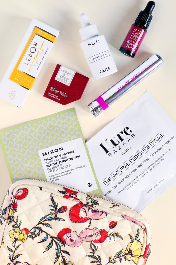 I LOVE SPRING Floral Beauty Bag