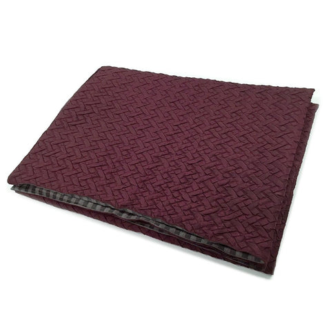 Quilted burgundy side