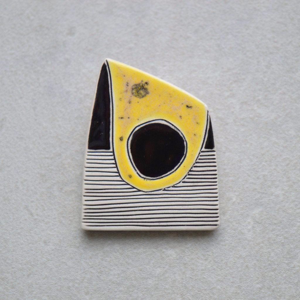 Ceramic brooch - Yellow
