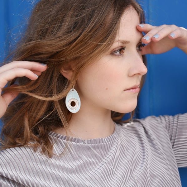 Dangle earrings - Light blue