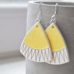 Dangle earrings - Yellow