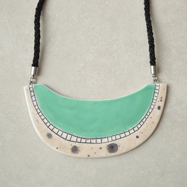 Organic statement necklace